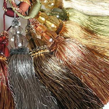 Кисть-подвязка со стеклярусом, около 64 см